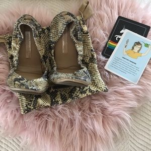 BCBG snake roll up flats with travel bag